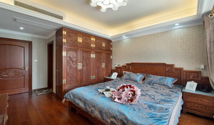中式风格三室两厅装修主卧室设计