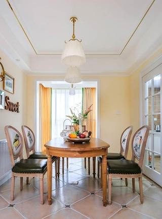 混搭风格三居室装修木质餐桌图片