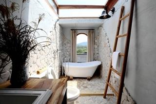 田园风格三室两厅装修卫生间效果图