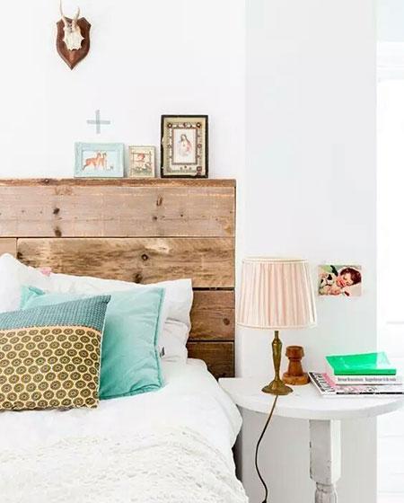 卧室木质床头设计图片