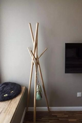 日式风格小户型装修衣架图片