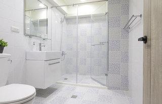 280平loft公寓主卫生间效果图