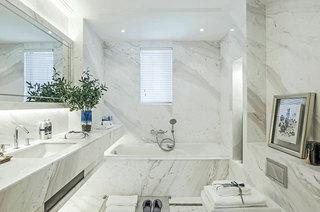 111平法式样板房主卫生间设计