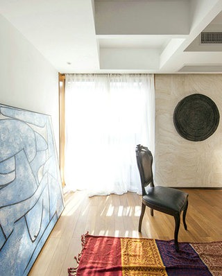 165平简约风格客厅地毯图片