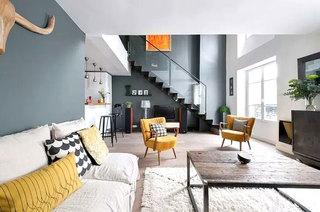 90平LOFT公寓客厅装修图