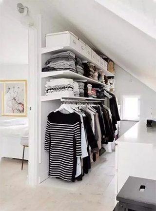 阁楼衣柜收纳装饰图片