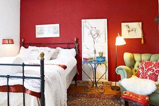 红色系卧室装修效果图