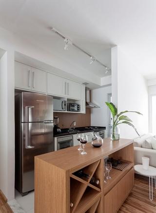 90平三居室装修小吧台设计