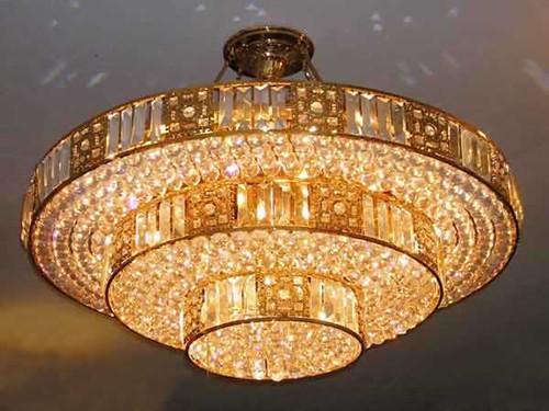 常见的水晶吊灯安装及清洁方法