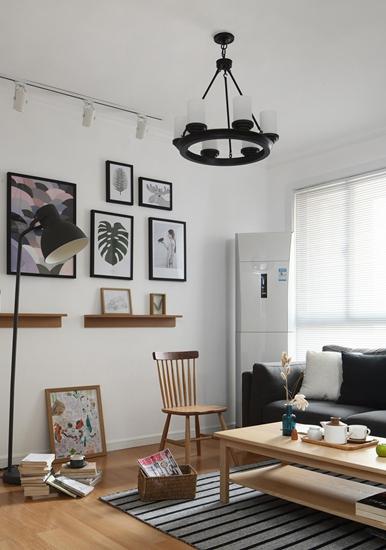 舒适简单北欧风格装修 看似随意实则精致北欧风客厅