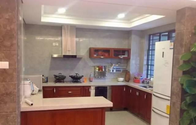 装修不容易,厨房灯如何选购?图片