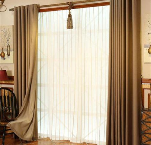 田园风格窗帘的分类及特点 1,英式田园: 这类风格的家具搭配都喜欢图片