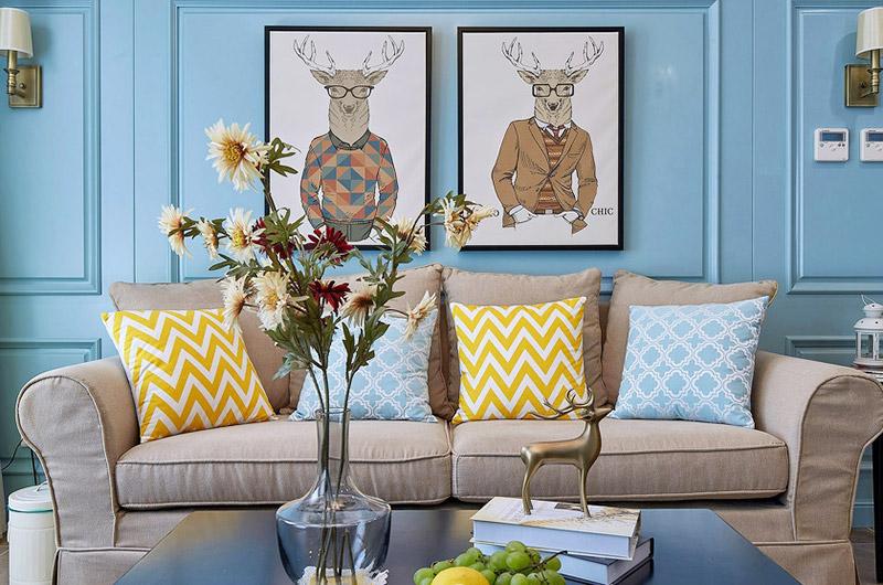 清新美式客厅沙发 艺术照片墙设计