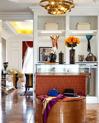 280平欧式古典样板房展示柜图片
