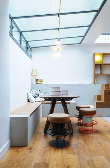 小户型loft风格装修餐厅卡座设计