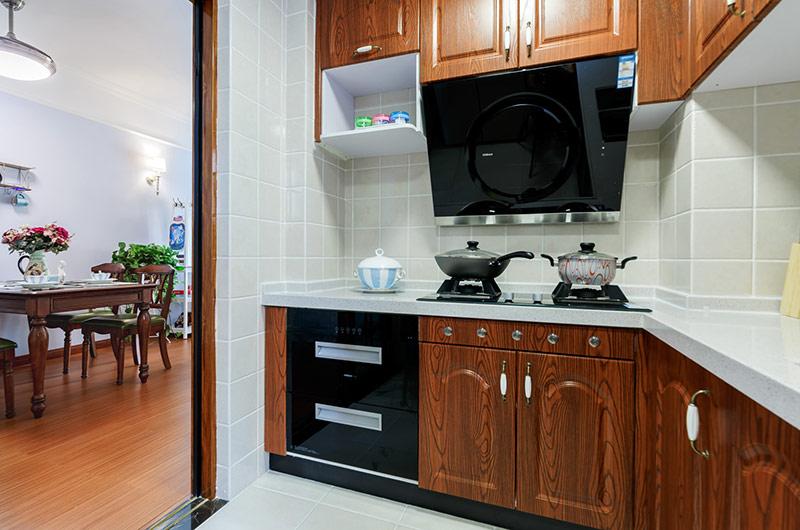 休闲美式厨房实木橱柜设计