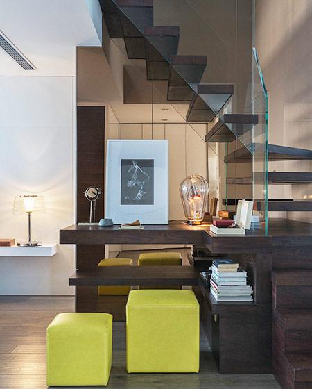 沉稳现代风复式 楼梯间书房设计
