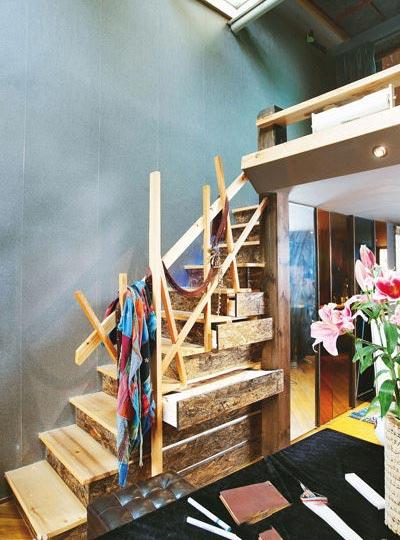楼梯间收纳设计实景图