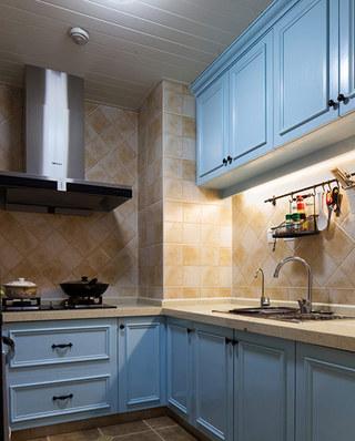 美式风格公寓厨房装潢设计图