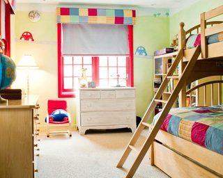 彩色系儿童房高低床图片