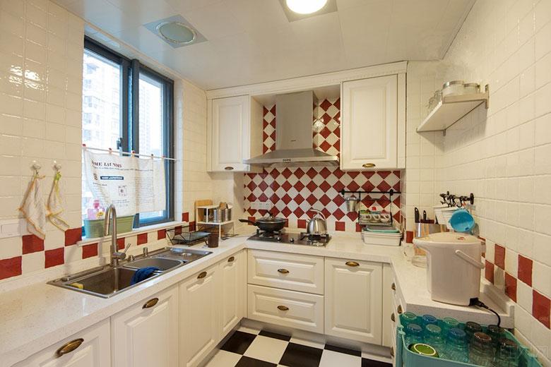 小户型厨房装修装饰效果图片