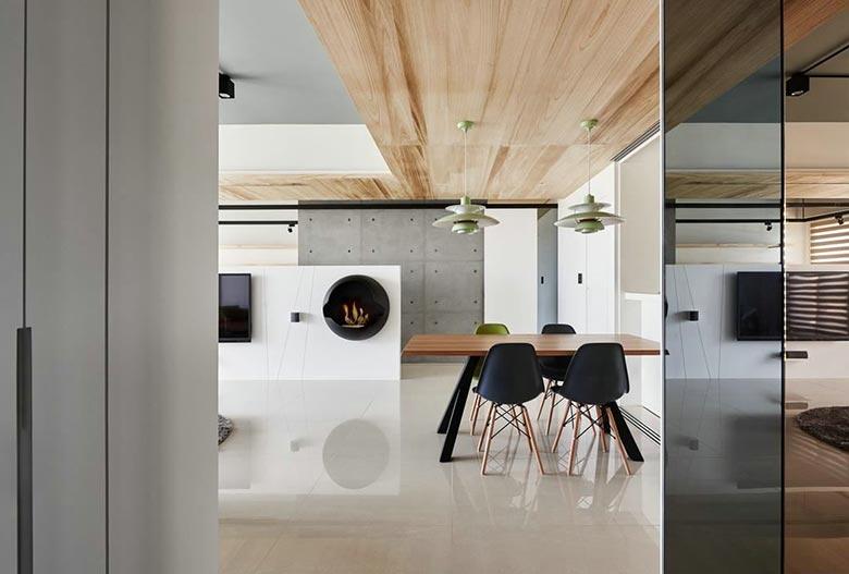 舒适宜家风餐厅原木吊顶设计