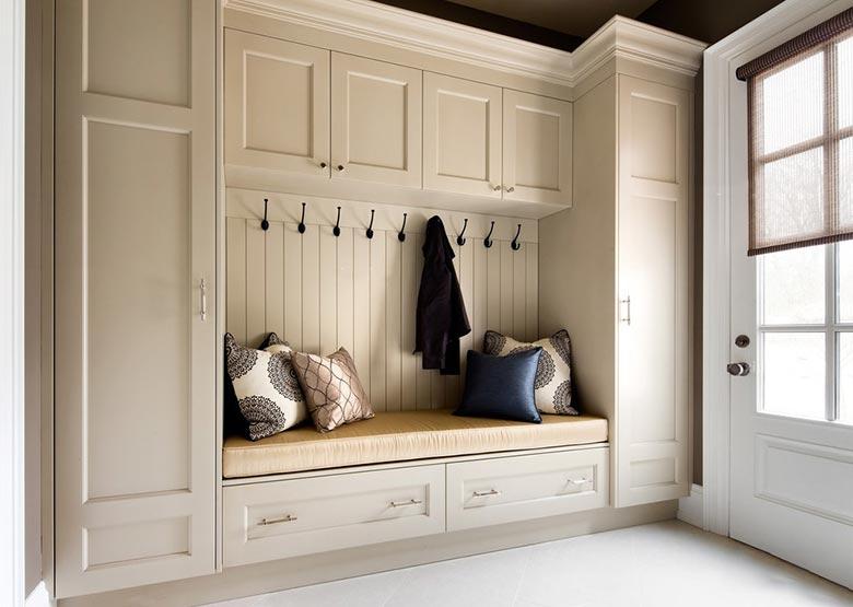 玄关抱枕装修装饰图片
