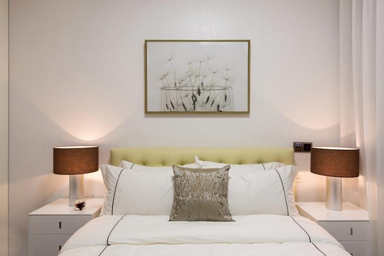 100㎡现代三居室次卧室平面图