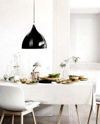 简洁餐厅装修白色桌布效果图
