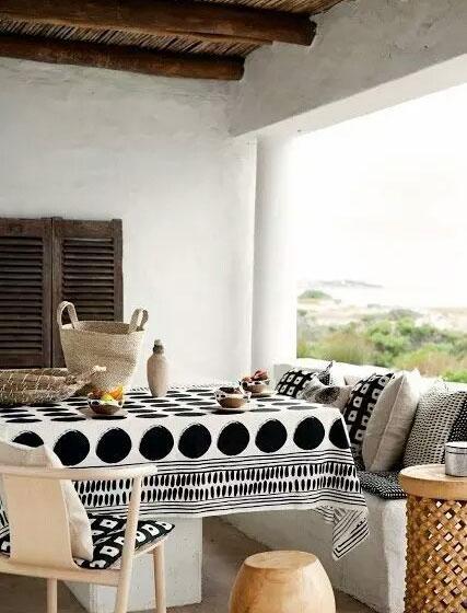 长方形餐桌桌布搭配