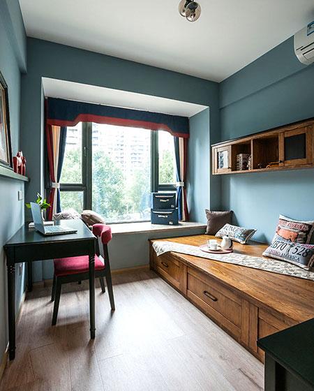 古典混搭书房 多功能实木床设计