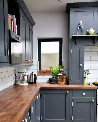 小户型厨房灰色橱柜图