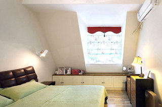 98平北欧小复式主卧室设计图