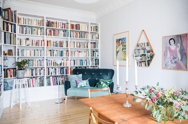 94平一居室装修书架效果图