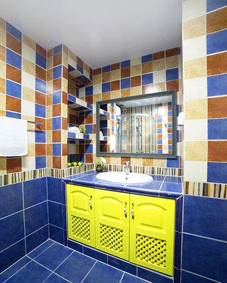 115平美式三居卫生间洗手台效果图