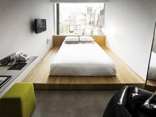 卧室木质地台床效果图片