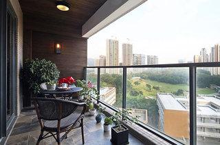 现代简约三居室装修阳台栏杆图片