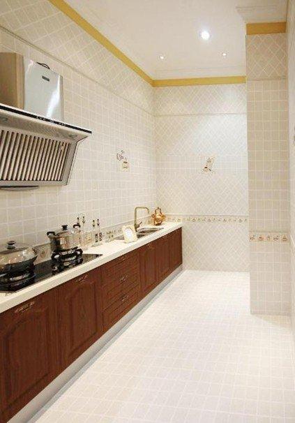 搭配白色纹理瓷砖 厨房瓷砖装修效果图