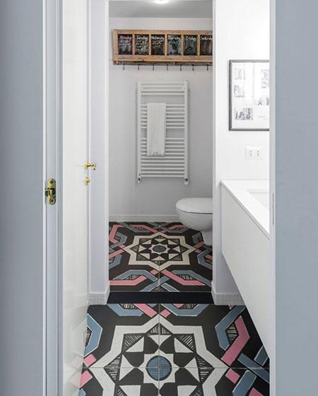 旧房改造装修卫生间瓷砖效果图