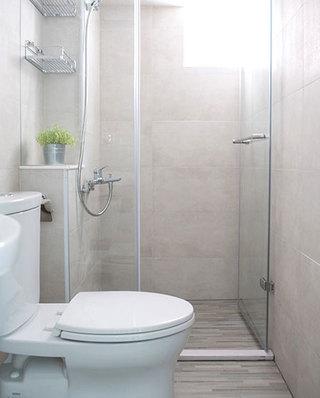 76平小三室装修卫生间装修效果