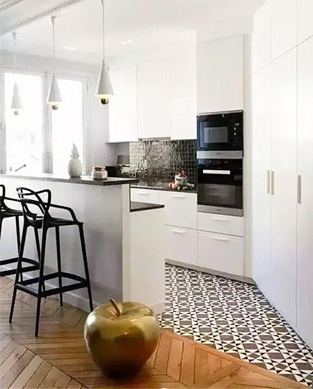 瓷砖木质混搭装修厨房地板装饰图