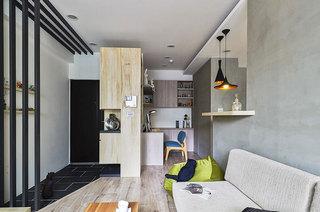 60平老公房装修客厅木地板图片