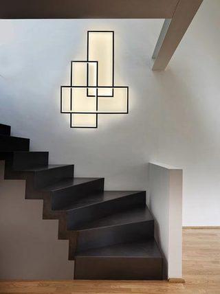 楼梯间壁灯装饰图片