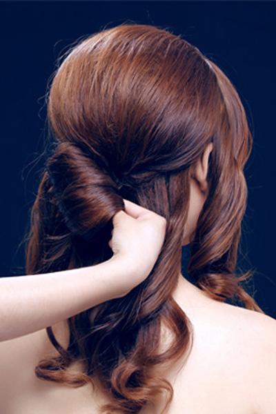 简单韩式新娘发型步骤有哪些 优美造型缔造最美新娘图片