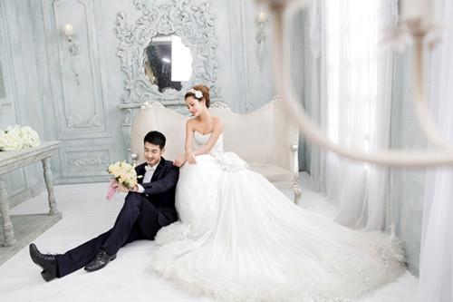 选择婚纱摄影注意_挑选最优的婚纱摄影要注意四项