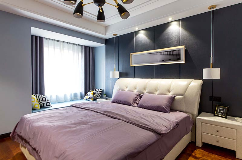 130平简约三房装修主卧室设计