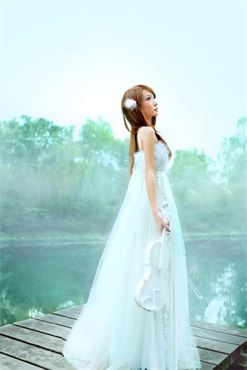 个人婚纱艺术照图片 拍艺术照如何选衣服