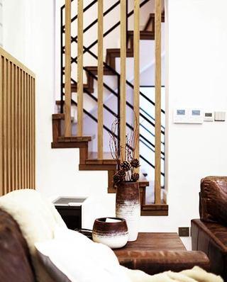 220平小复式装修楼梯效果图