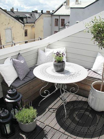 阳台小餐桌平面布置图