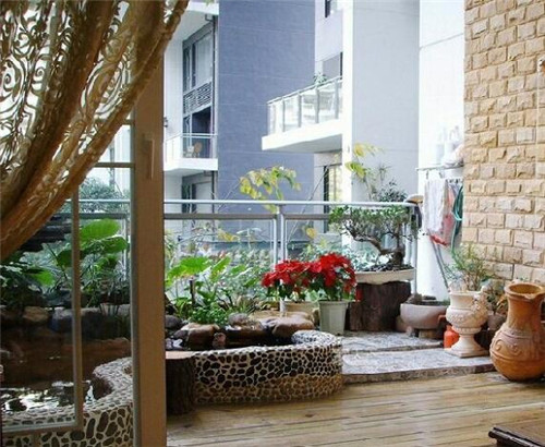 田园风格的阳台装修效果图 阳台巧装饰让你享受小资情调